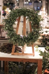 wreath-workshop-cb2-onrobson-5766